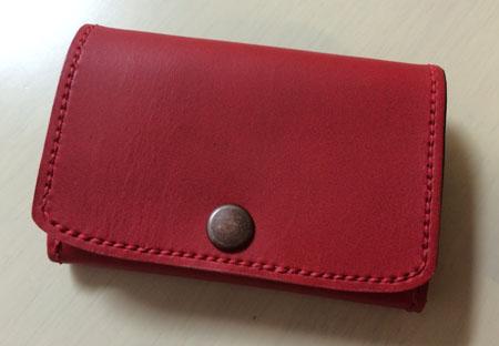 赤い本革の小銭入れ付きキーケース付きパスケース・裏地付き完成