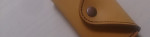 タン色の本革のパスケース付きキーケース