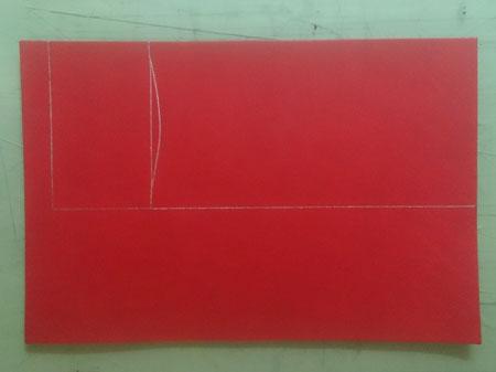 赤のヌメ革の名刺入れ 銀ペンで線引き